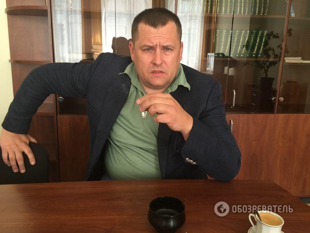 """Борис Филатов К Вашему уважаемому изданию, по большому счету, была только одна претензия: в один момент показалось, что у """"Обозревателя"""" нет больше никаких иных проблем в стране, помимо того, как систематически уничтожать Семенченко. Я не исключаю, что у г-жи Заровной был какой-то персонифицированный конфликт, из-за которого она хотела вывести его на чистую воду… - Но это не меняет сути обвинений. - Да, это не меняет ситуации. Семен – контраверсийная фигура. У меня с ним было положительное…"""
