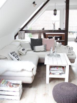 die besten 25+ dachgeschosswohnung ideen auf pinterest | wohnungen, Innenarchitektur ideen