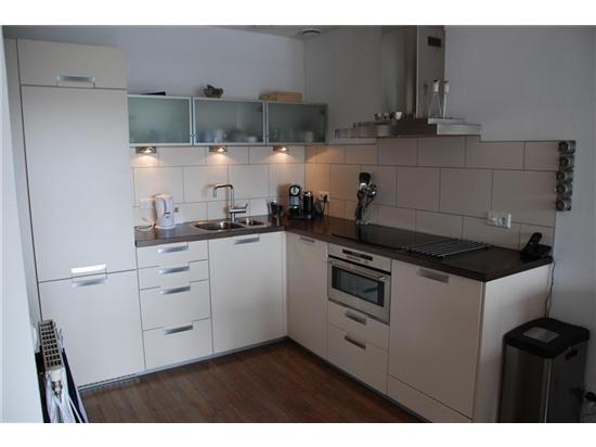 25 beste idee n over afgewerkte kasten op pinterest - Heel mooi ingerichte keuken ...