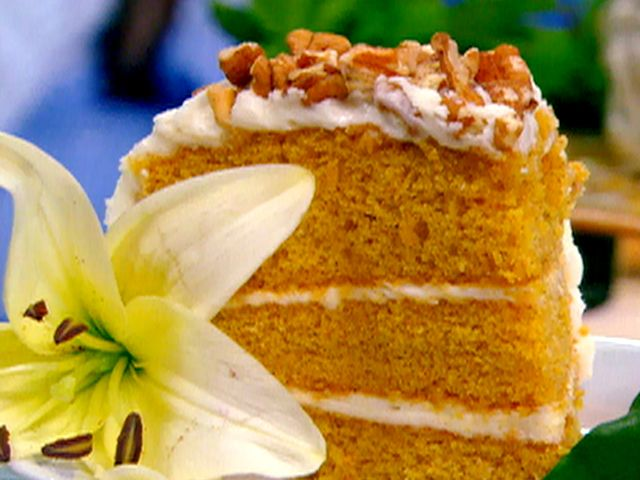 Sweet Baby Jack Carrot Cake from FoodNetwork.com  This is my favorite carrot cake recipe! From Paula Dean's kitchen.