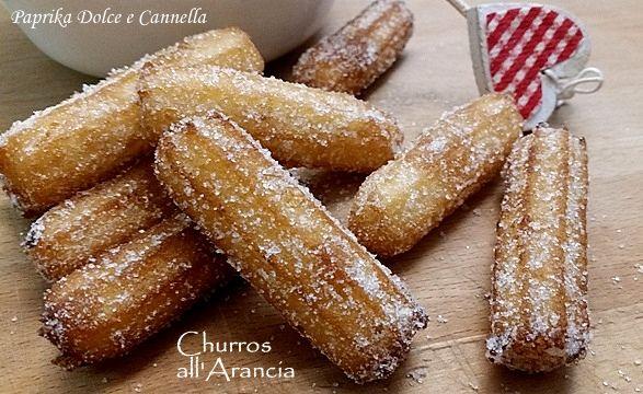 Bastoncini croccanti fritti avvolti da zucchero semolato.....i famosi Churros spagnoli che io ho aromatizzato all'arancia!