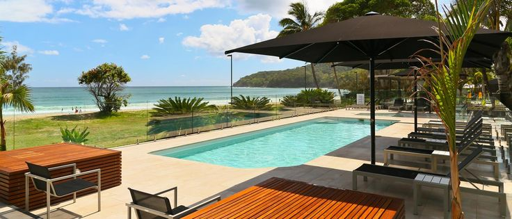 Seahaven Noosa has a 4 star rating which includes daily room service in your studio room, hastings suite, one or two bedroom apartments. Seahaven Noosa has an absolute beachfront position on Noosa's main beach with direct access for all guests.
