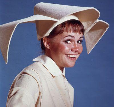The Flying Nun (TV show) 1960s with Sally Field - La soeur volante