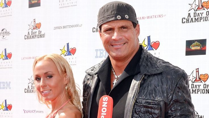 Jose Canseco Plans To Support Caitlyn Jenner By Living As A Woman For A Week