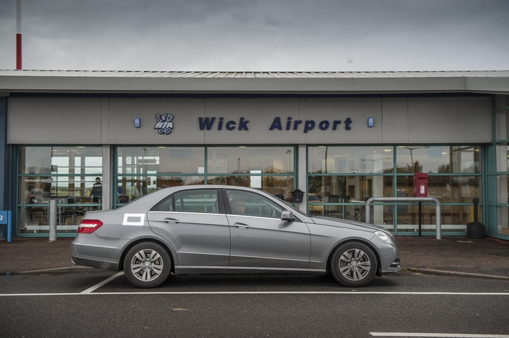 Mercedes-Benz E 300 BlueTEC Hybrid outside Wick Airport