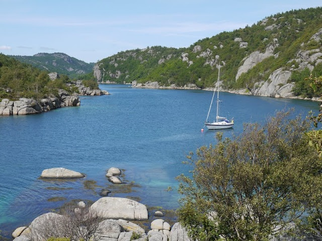 S/Y Dolphin Dance sailing blog | a Finnish Hallberg-Rassy 29 sailing in the Northern Europe: Kristiansand-Egersund