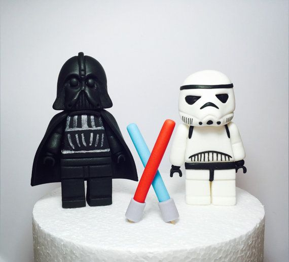 Fondant Star Wars cake topper par SugarDecorByLetty sur Etsy                                                                                                                                                                                 More