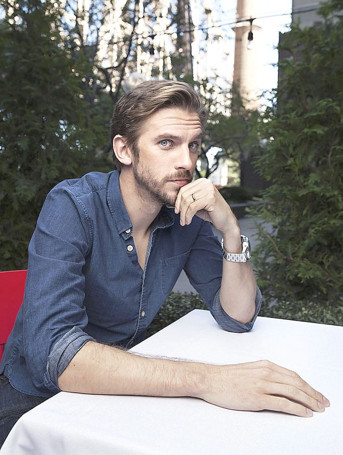 Dan Stevens - This man is so unnaturally handsome & charming it hurts