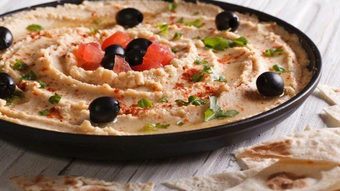 kichererbsen nährwerte hummus gesundes essen ernährung für die gesundheit tomaten oliven