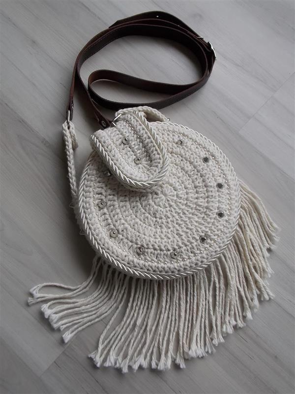 3396165c8 18 Ideias para Você Fazer Bolsas de Crochê   Croche   Bolsas de ...