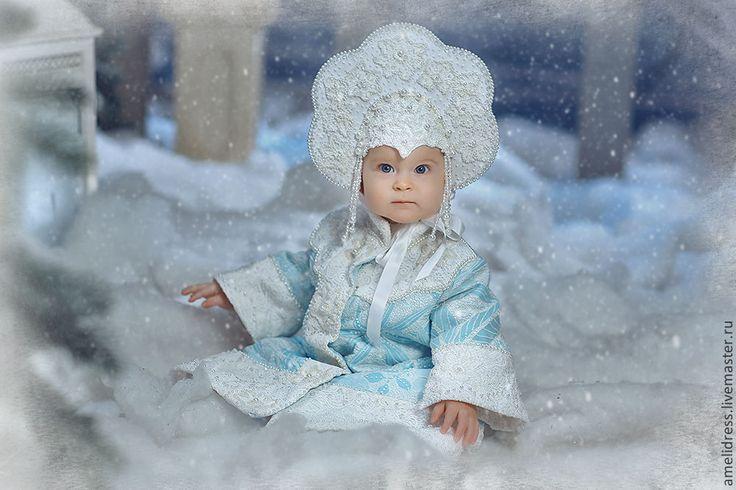 Купить Карнавальный костюм. Снегурочка - голубой, цветочный, снегурочка, кокошник, бисер, карнавальный костюм, кружево