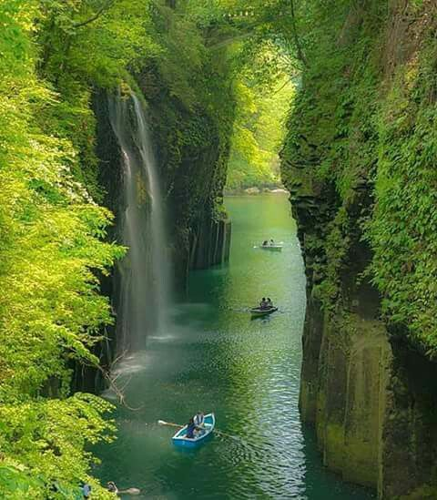 Takachiho Gorge includes several spectacular waterfalls and the natural environment is one of the most beautiful in the country. Its located in the small town of Takachiho in Miyazaki Prefecture, Kyushu Japan