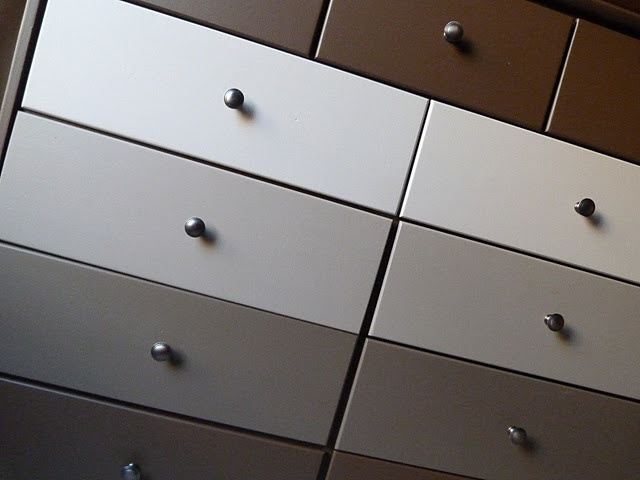 love the ombre - try it in grey tones for a blue-painted closet dresser