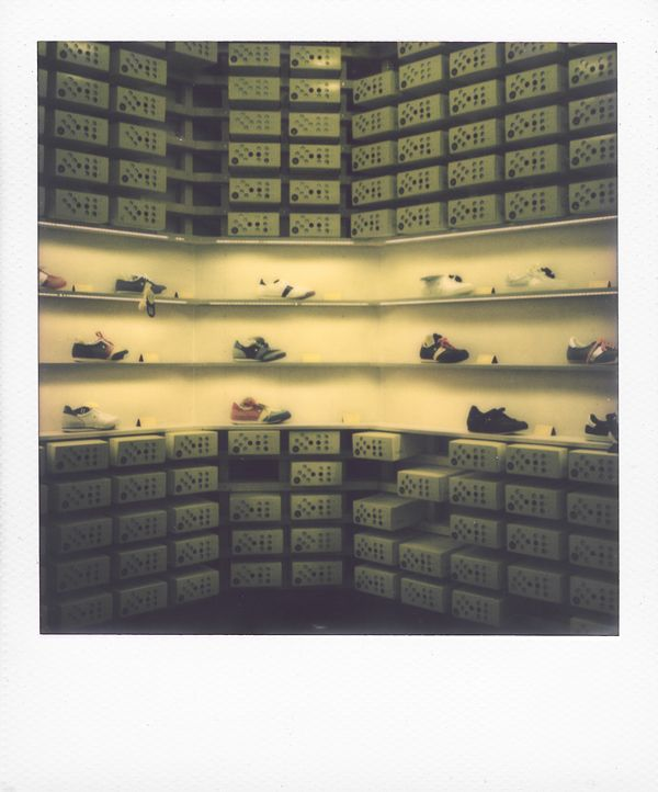 BOTAS 66 /// Polaroid Prague city guide www.spud.cz