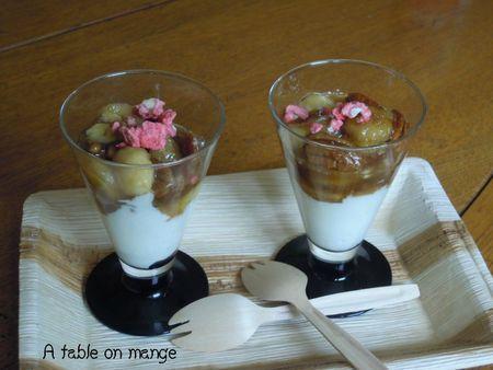 Superbe recette de banoffe en verrine.  Assiette en palmier et combinés fourchette / cuillère en bois de la boutique du jetable. http://www.laboutiquedujetable.fr/fourchette-jetable/227-fourchette-cuillere.html