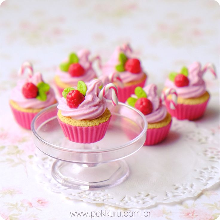 colar cupcake gourmet - raspberry lemonade - pokkuru - doceria de bijoux