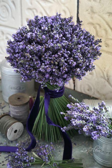 ラベンダー プロバンスブルーのリースとブーケ : La Fleur