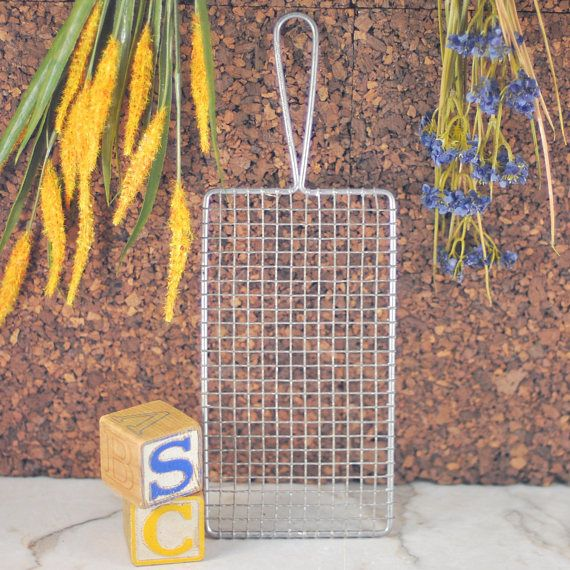 Vintage Stomar Crinkle Wavy Wire Rectangle Grater, Trivet, Cooling Rack, Baker's Rack, Serving Tray with Handle, Farmhouse Kitchen, USA