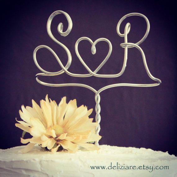 Swept Away Wire Wedding Couple Cake Topper van deliziare op Etsy