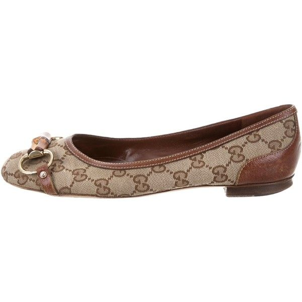 Pre-owned Gucci GG Bamboo Flats ($125) ❤ liked on Polyvore featuring shoes, flats, brown, gucci, flat canvas shoes, round cap, round toe flats and bamboo shoes