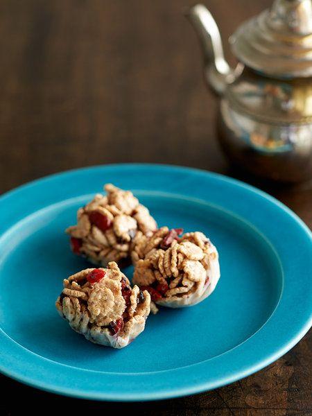 【ELLE a table】ココナッツオイルクランチボールレシピ|エル・オンライン