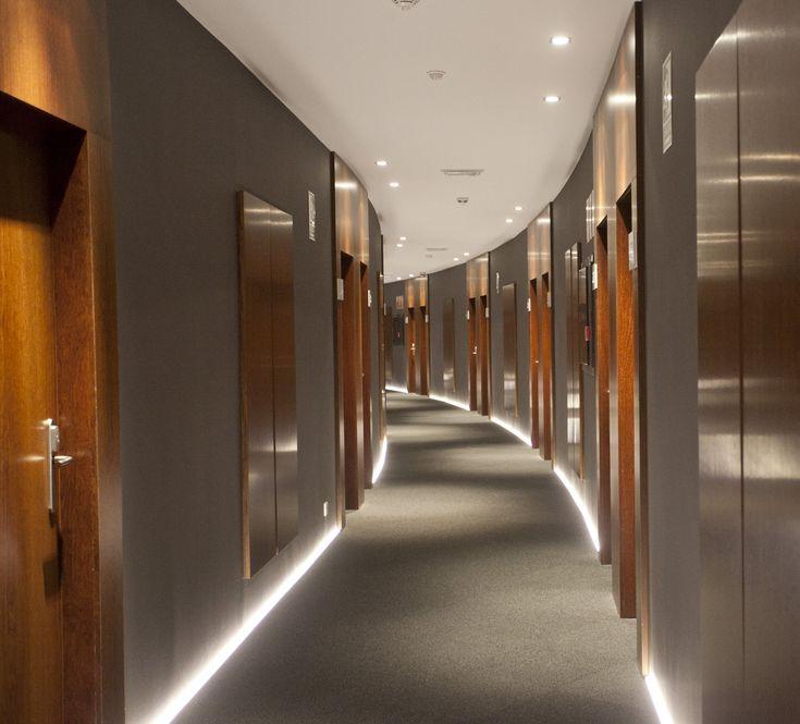 Corridor Design Ceiling: Hotel Carrís Marineda, A Coruña, Galicia
