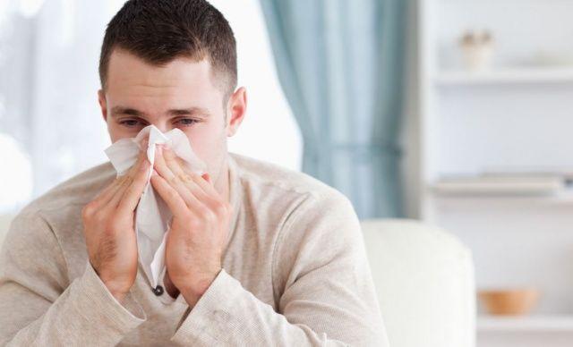 Temat rosnącej liczby przypadków grypy pojawia się w mediach co roku. Zwykle przypada na styczeń-luty, choć dokładny zakres czasowy zmienia się w zależności od roku. Z czego wynika sezonowość zachorowań na grypę? Grypa atakuje osłabiony organizm Prawdopodobieństwo zakażenia się wirusem grypy... http://lekarz.czest.pl/sezon-na-grype-kiedy-zachorowan-jest-najwiecej/