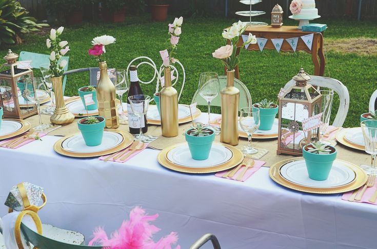 Backyard Bridal Shower by Dana Fernandez Photography