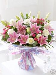 Extra Large Mother's Day Extravagance Hand-tied
