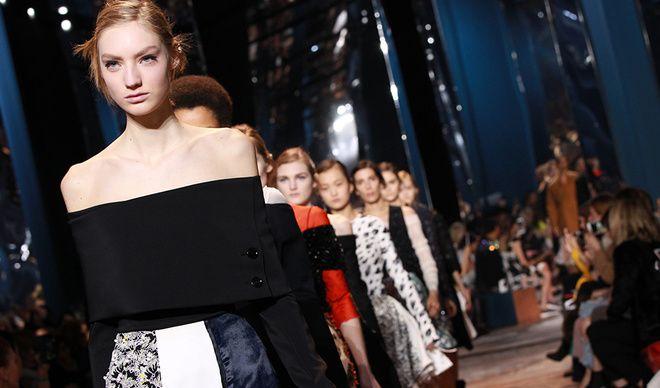 Ποιας Ελληνίδας το τραγούδι επέλεξε ο οίκος Christian Dior για την επίδειξη μόδας του στο Παρίσι;