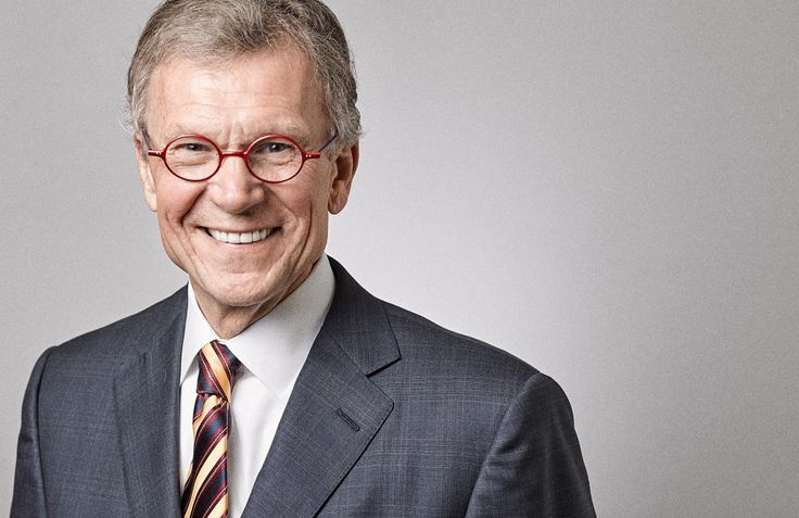 Studio portraits for Tom Daschle . Photo by Delane Rouse/DC Corporate Headshots.