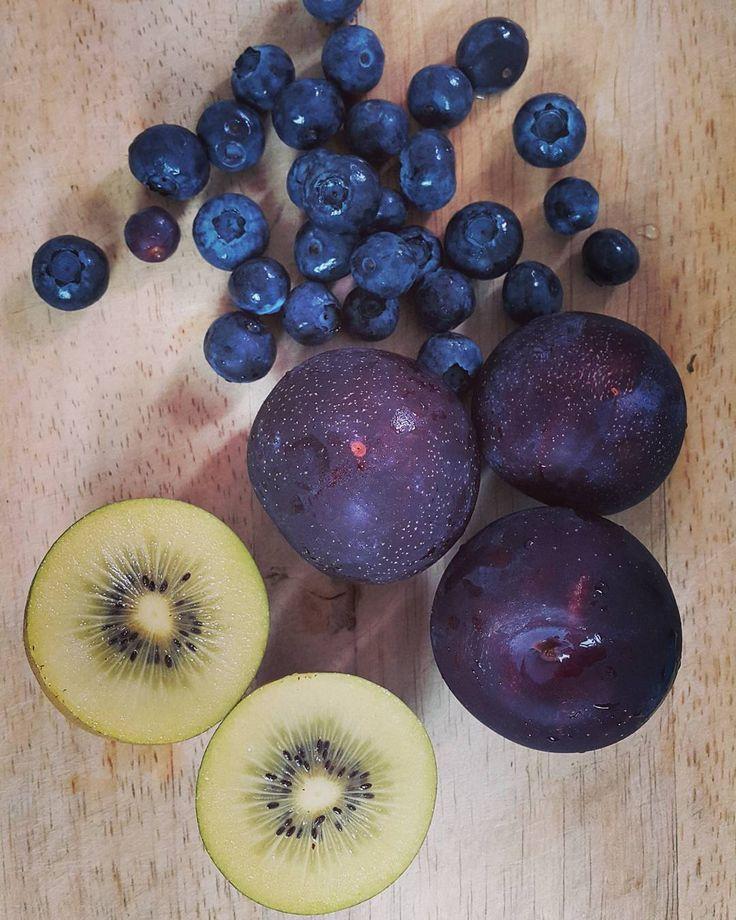 #블루베리 #체리자두 #골드키위 #blueberry #cherryplum #goldkiwi  #rawfood #plantbased #wholefoods #pregnantfood #myfooddiary