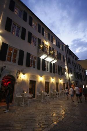 Hotel Astoria- Montenegro hotel