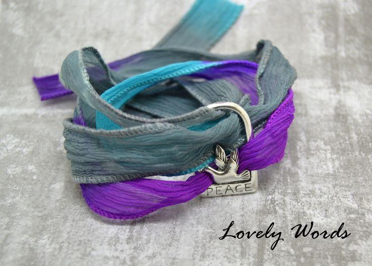 bracelet femme ruban de soie violet gris bleu perle métal Peace : Bracelet par lovely-words