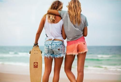 Friends to the End. And nice shorts to pair with the lovely friendship :)