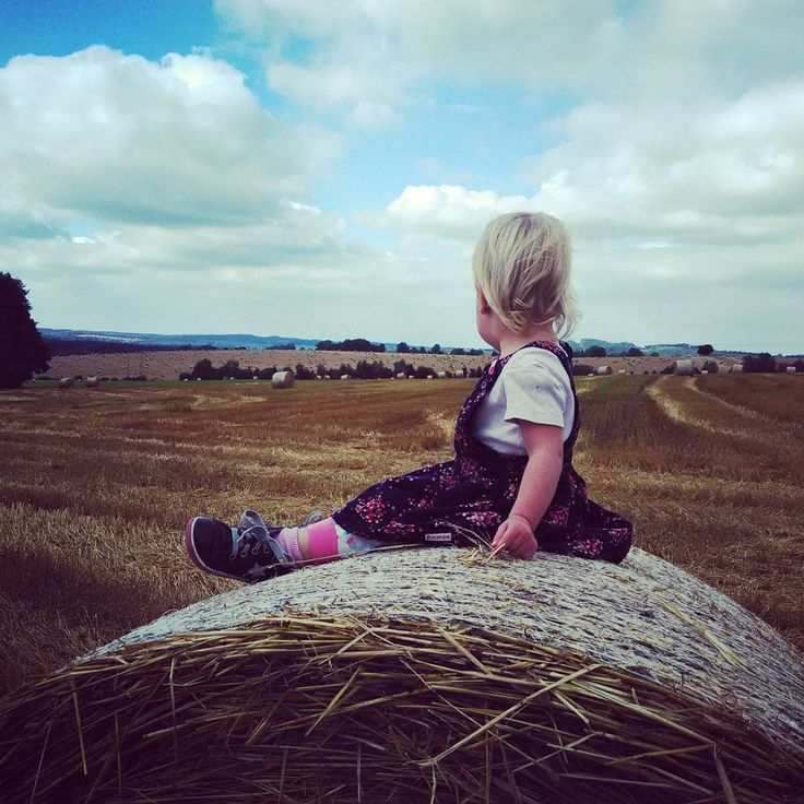 Walk with daughter #petersaccessories #walk #daughter #babygirl #field #love #panorama #straw #summer #coffee