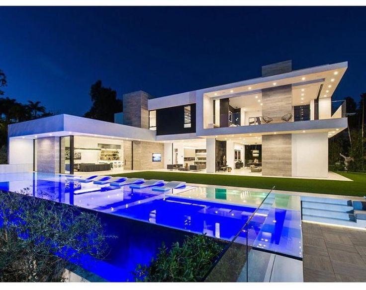 Moderne villen mit pool  543 besten MAISONS Inspiration Bilder auf Pinterest | Gärten ...
