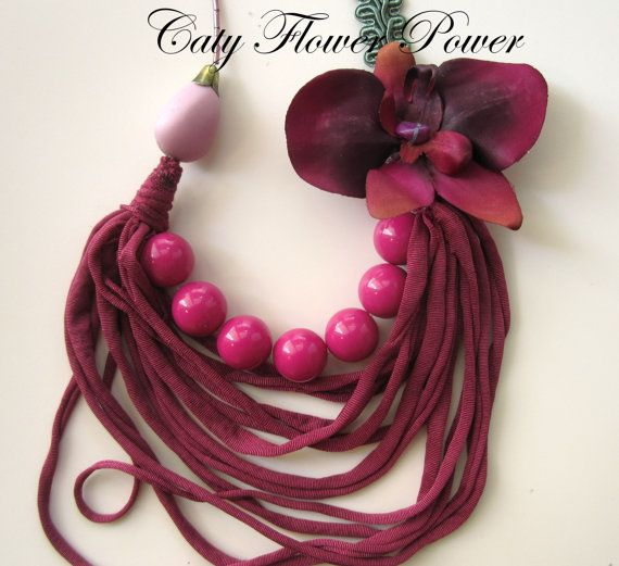 https://www.etsy.com/listing/185404710/dark-red-magenta-strips-necklace-fabric?ref=shop_home_active_12