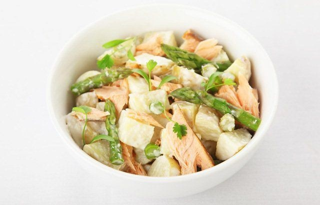 Hot smoked salmon potato salad with asparagus and horseradish dressing ...