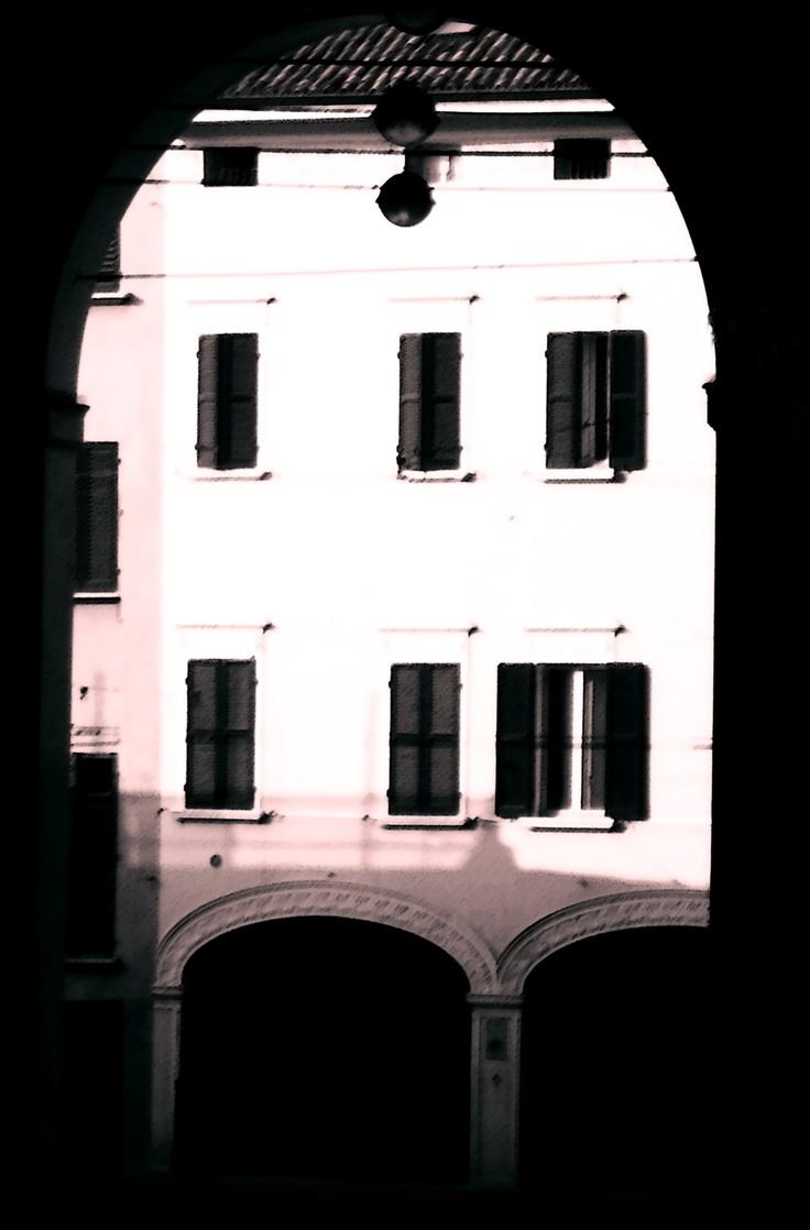 Bologna - Portico del Baraccano