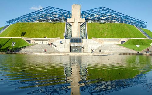 Top 5 du quartier Bercy: Palais Omnisports Paris Bercy #concerts #sport #75012 #bercy