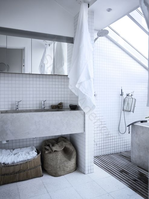 two + tub and a wet room type shower - could work in the apartment's master bathroom to save space?!?