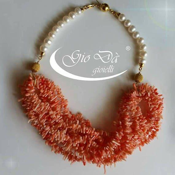 Guarda questo articolo nel mio negozio Etsy https://www.etsy.com/it/listing/537115587/collana-realizzata-in-argento-perle-di