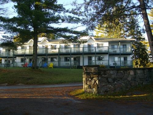 Bayview-Wildwood Resort