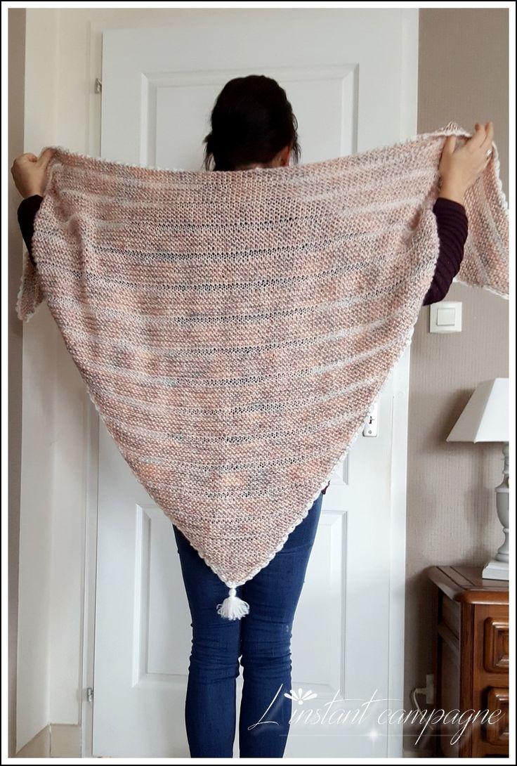 Pas de couture aujourd'hui sur le blog mais un article mailles !  Article que j'ai d'ailleurs hésité à publier tant ce shawl me paraissait b...