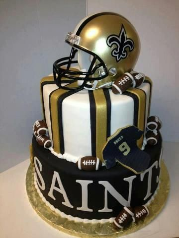 My favorite team Saint's cake.'``````````✬ '✧ `✬ `````````` ♜=♜=♜ ``````` ` {_♥_✿_♥_} '``` ✩ `✫{=✰=✰==}✫ `✩ ````♖.{♖___♖_♖___♖}.♖ ```{==================} ```{✿_❤_❀_♥_✿_♥_❀_❤_✿} `` {===================} ``{_✿_❤_❀_♥_✿_♥_❀_❤_✿_}