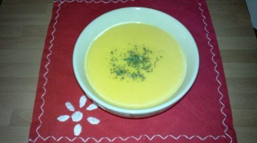 Crema de zanahorias para #Mycook http://www.mycook.es/receta/crema-de-zanahorias/