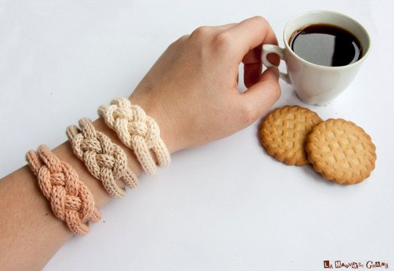 French knitted cotton bracelet - Coffee time