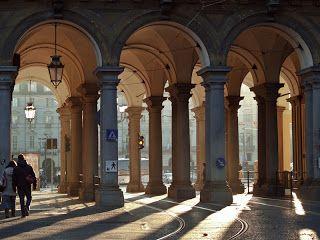 I Portici di Torino - 18 Km. di portici, di cui 12 Km. quasi continui fra un palazzo e l'altro.
