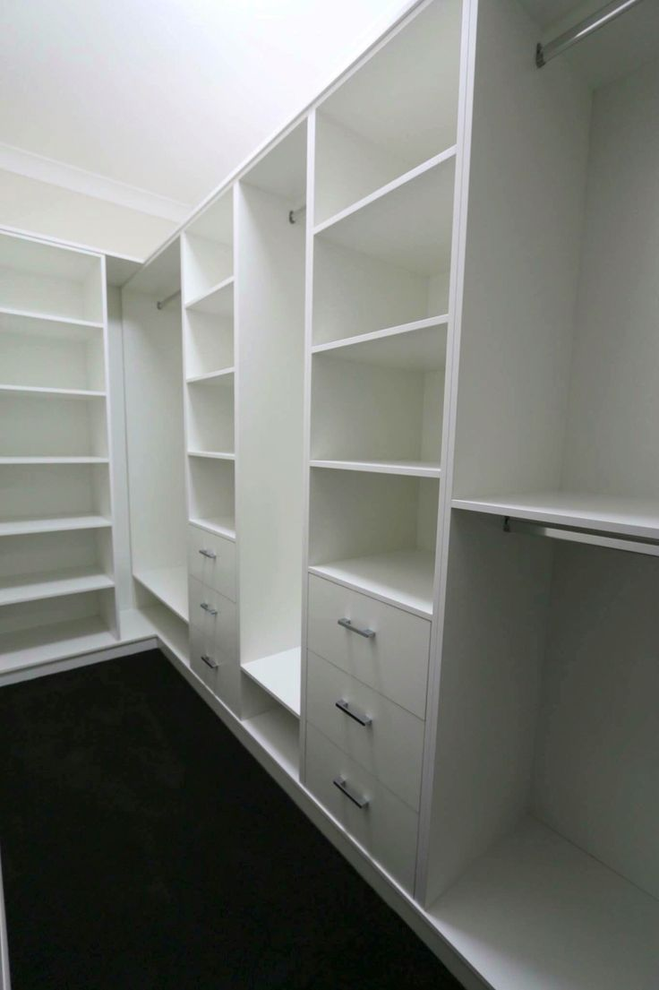 Best 25 walk in wardrobe ideas on pinterest for Walk in wardrobe design